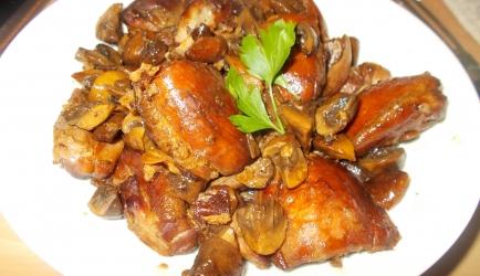 Kipdijfilet met pancetta champignons balsamico en honing uit de oven
