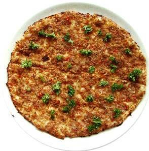 Heerlijke pizza met een bodem van turks brood!! recept