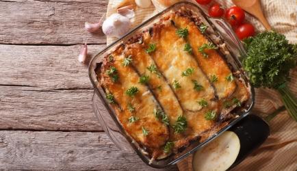 Moussaka met bechamelsaus recept
