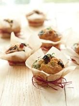 Muffins met spek, zongedroogde tomaatjes en ...