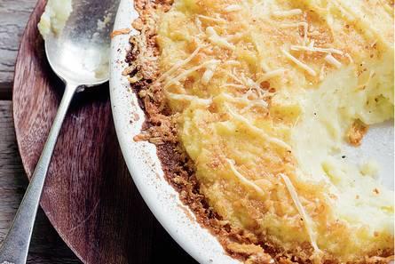 Fluweelzachte aardappelpuree met kaas uit de oven