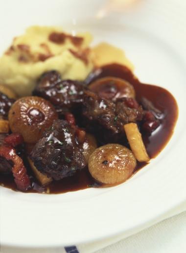 Recept 'ossenstaartragout met aardappelpuree'
