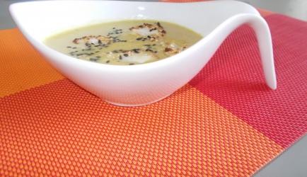 Geroosterde bloemkoolsoep met kip op oosterse wijze recept ...