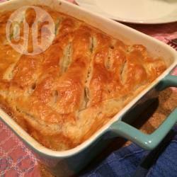 Ovenschotel met gehakt en bladerdeeg recept