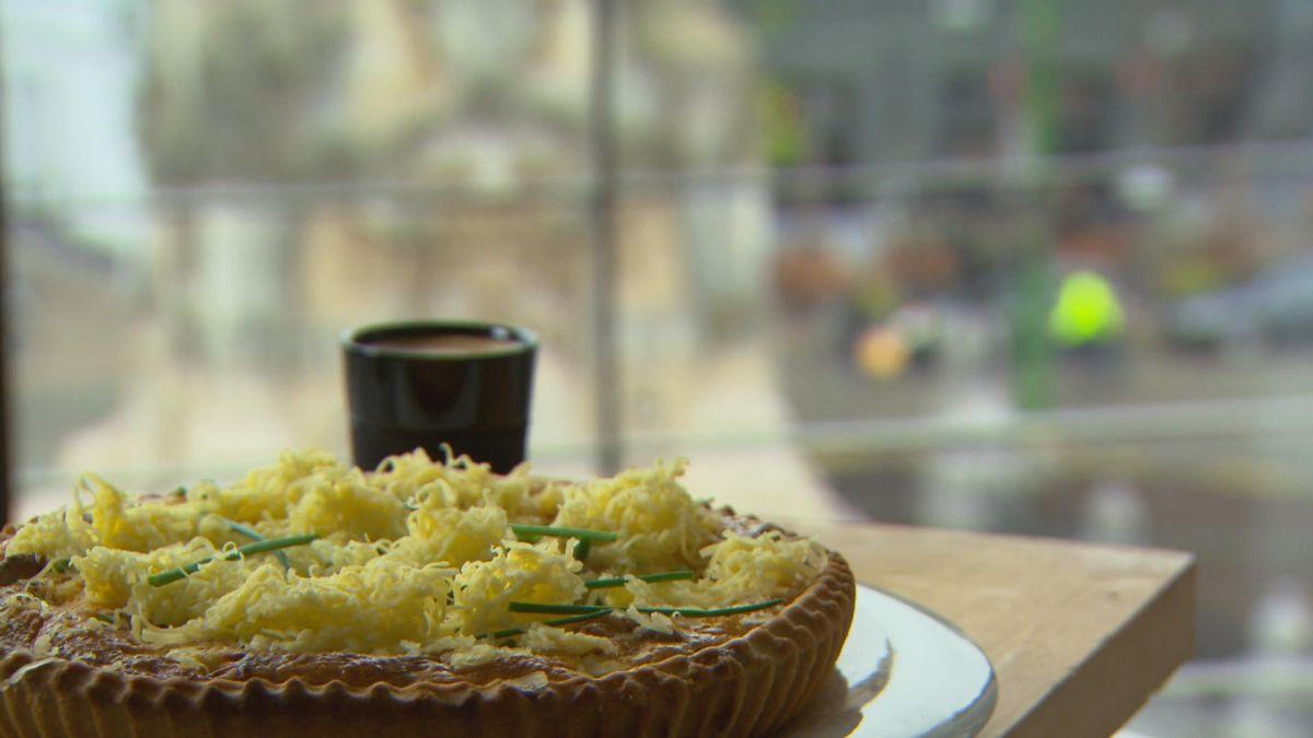 Recept 'quiche met walnoten en vier kazen'