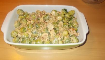 Mmm..ovenschotel spruitjes, spek, champignons en mosterdroom ...