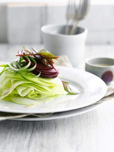 Recept 'salade van koolrabi, rode biet en geitenkaas'