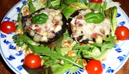 Portobello gevuld met asperges, parma ham en pecorino recept ...