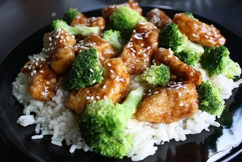 gerechten kip en rijst