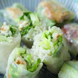 Vietnamese zachte loempia's met makreel recept