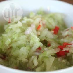 Verse komkommer en uitjes acar recept