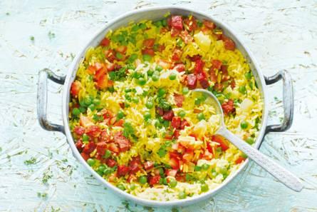 Gele rijst met chorizo