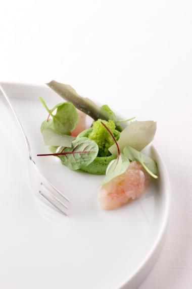 Recept 'gemarineerde zeebaars met groene kruiden'