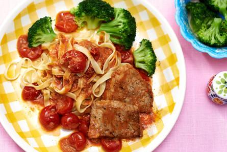 Schnitzeltjes met tomaten-gorgonzolasaus
