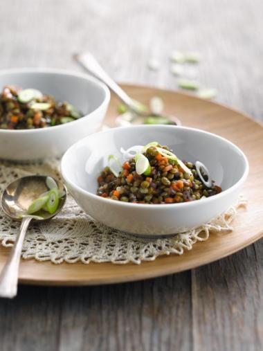 Recept 'linzensalade met bosuitjes en wortel'