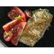 Scholfilet met kruidenkorst en spicy tomatensalade recept ...