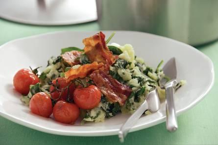 Stamppot rauwe spinazie met spek