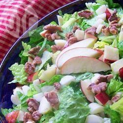 Salade met appel, brie en walnoot recept