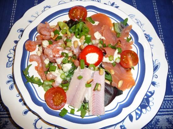 Triootje van vis op een bedje van sla. recept
