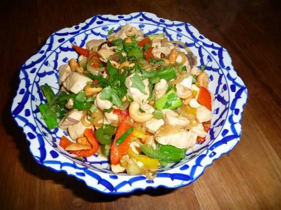 Thaise kip/cashew van de kookles in thailand recept