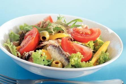 Mediterrane salade met sardines