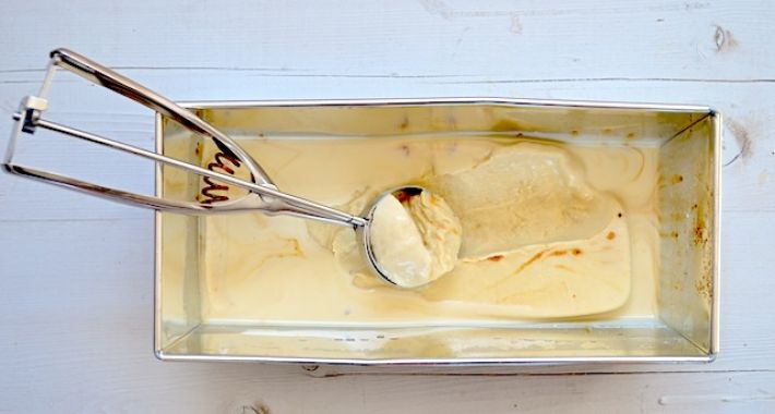 Dulce de leche ijs zonder ijsmachine