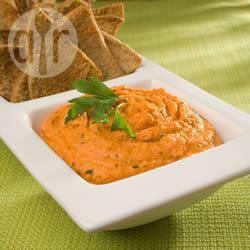 Pittig geroosterde rode paprika hummus recept
