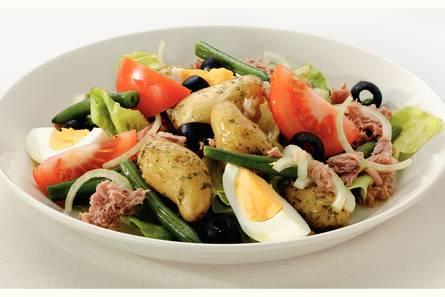 Salade niçoise met krieltjes en tonijn