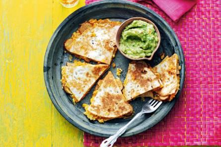 Quesadilla's met worst en zoete aardappel