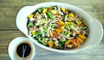 Kipsalade met rijst, asperges en mango recept
