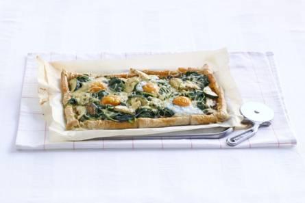 Plaattaart met spinazie & courgette