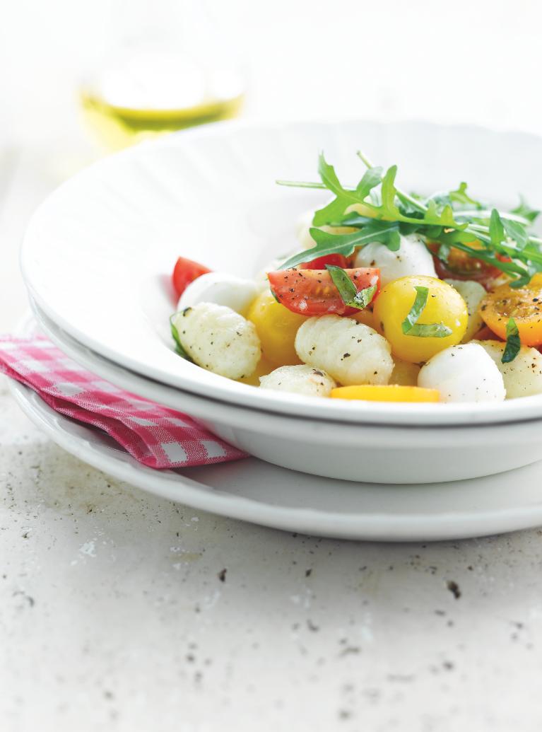 Recept 'gnocchi tricolore met kerstomaatjes'