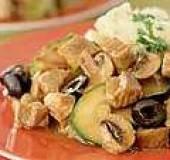 Hamlappen met witte wijn en olijven recept