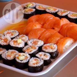 Sushi met avocado en roomkaas recept
