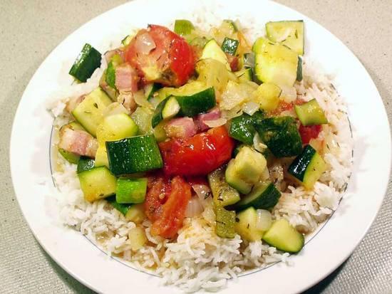 Courgette met tomaat en spek recept