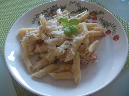 Pasta met asperges, ham en gorgonzola