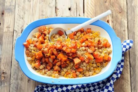 Couscous met pompoen, kikkererwten en rozijnen