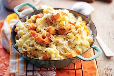 Pompoenstamppot met appel en kaas