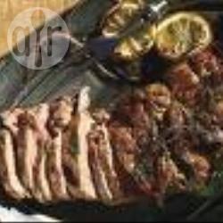 In de oven gebakken lam met rozemarijn en knoflook recept ...