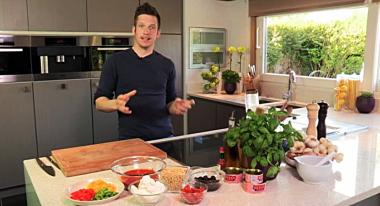 Recept 'zuiderse bruschetta met tonijn en rucolapesto'
