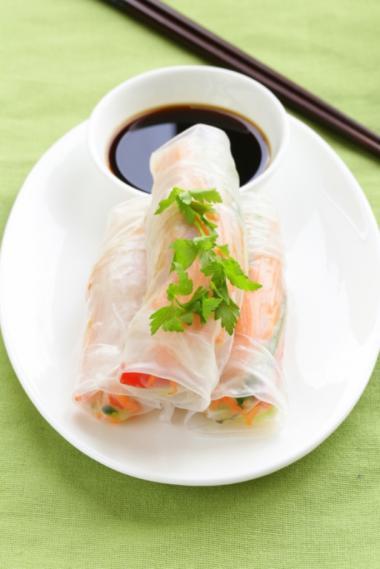 Recept 'lenterolletje met vietnamese dipsaus'