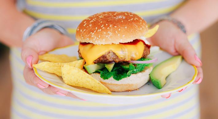 Fresh & easy: tex-mex burger