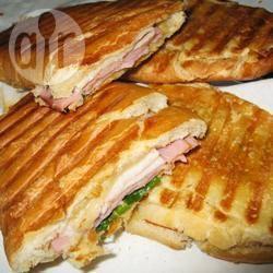 Medianoche (een klassieke cubaanse sandwich) recept