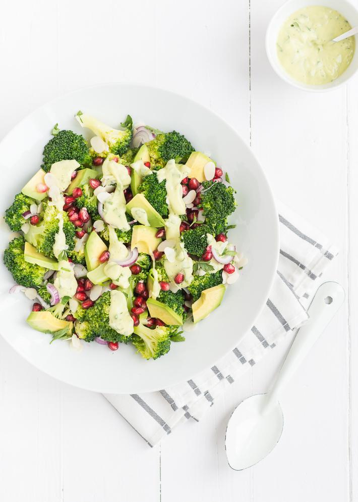 Fresh & easy: broccolisalade met avocado dressing