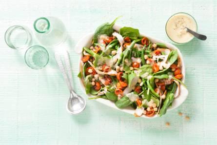 Salade met ovengeroosterde tomaten, sperziebonen en ...