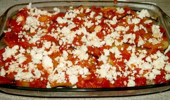 Vegetarische aubergine en feta in tomatensaus recept ...