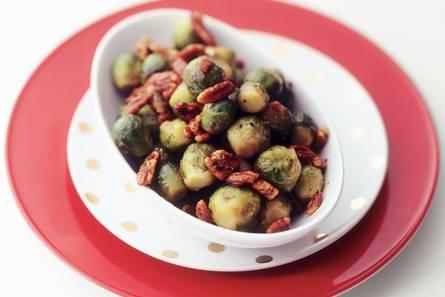 Gewokte spruitjes met pecannoten