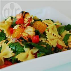 Pastasalade met kip en mandarijn recept