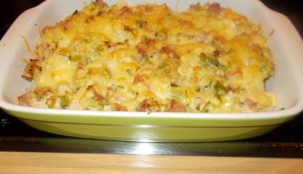 Ovenschotel bloemkool met gehaktsaus gegratineerd met kaas ...