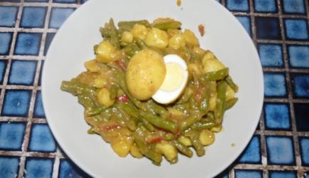 Indiase bonen met kerrie-eieren recept